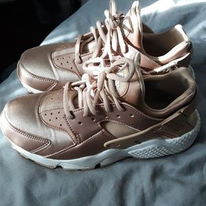 Rose gold huaraches